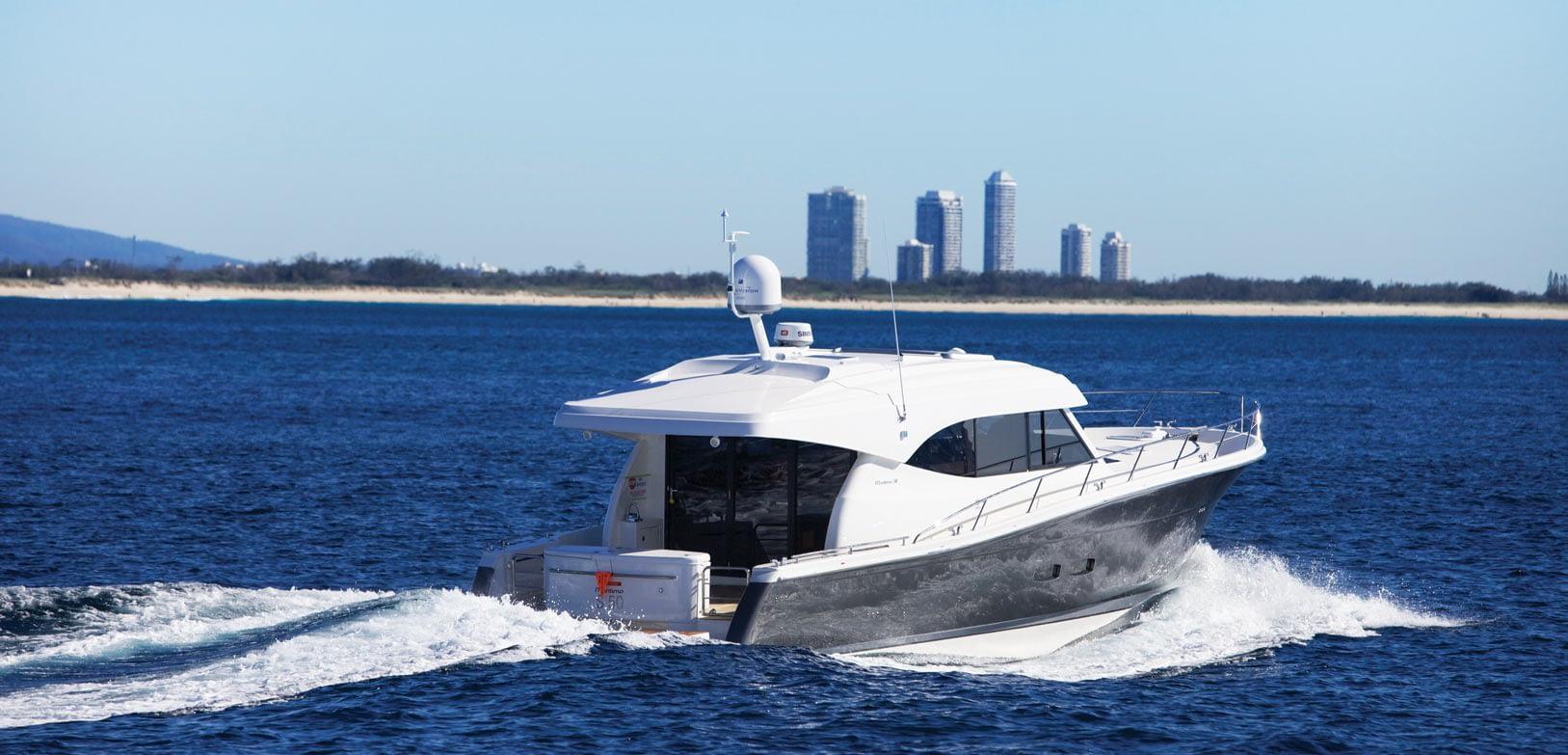 Maritimo-S54-Sedan-Motoryacht-002