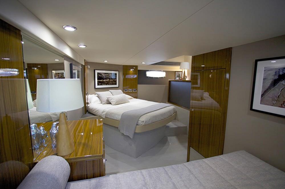 Maritimo-M54-Cruising-Motoryacht-026