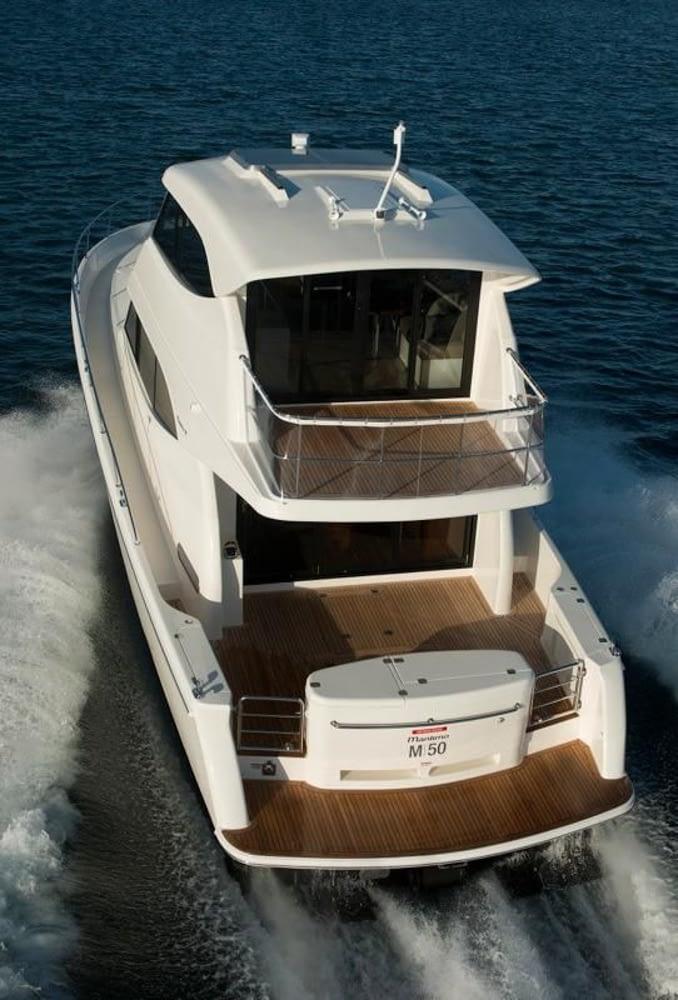 Maritimo-M54-Cruising-Motoryacht-003
