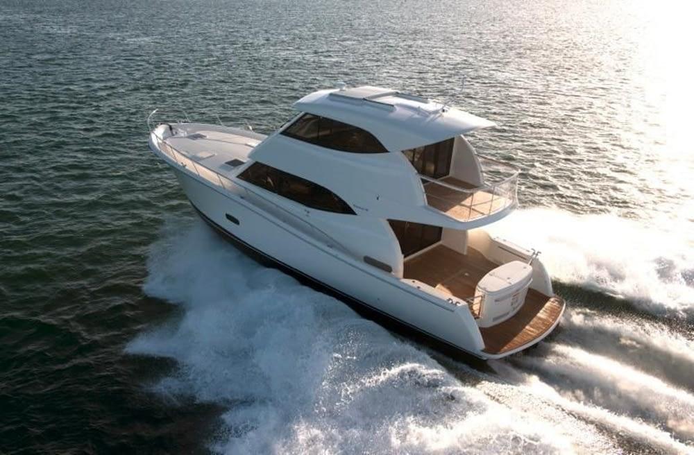 Maritimo-M54-Cruising-Motoryacht-005