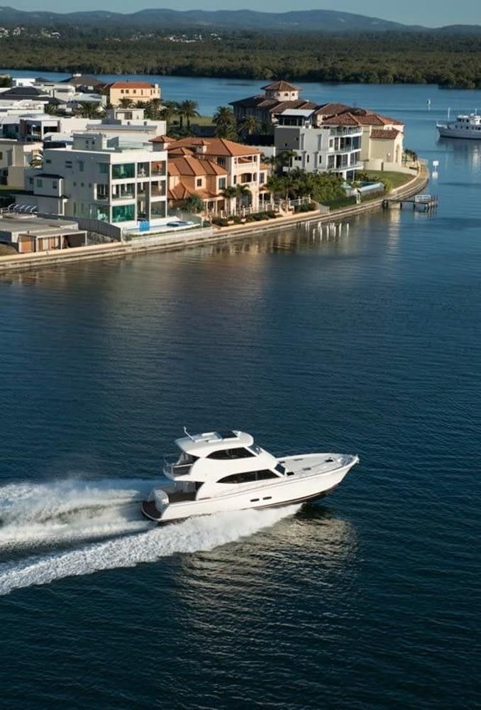 Maritimo-M54-Cruising-Motoryacht-009