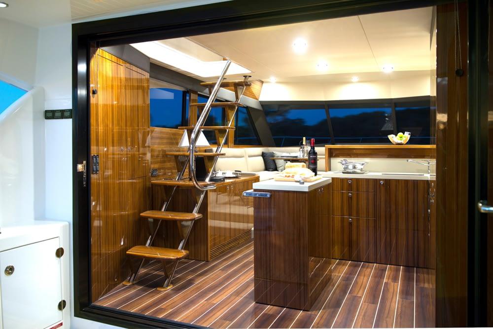 Maritimo-M54-Cruising-Motoryacht-017
