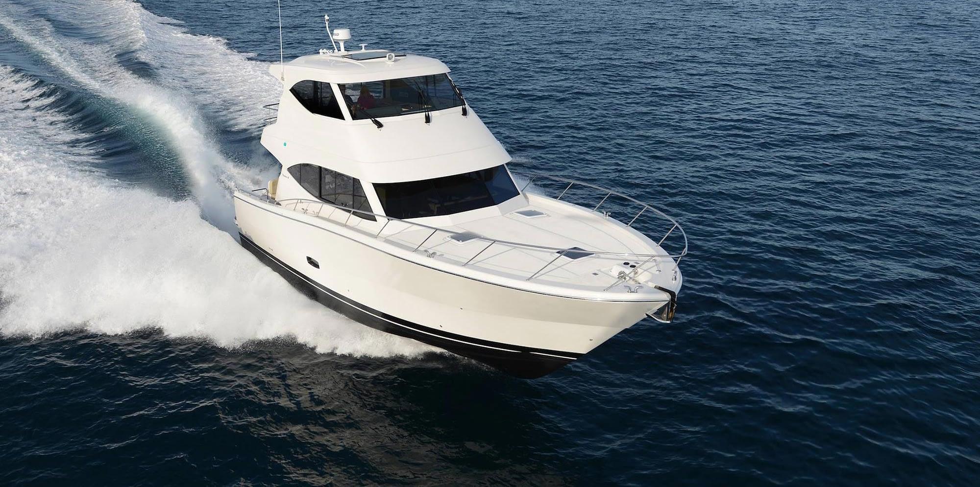 Maritimo-M54-Cruising-Motoryacht-main-1