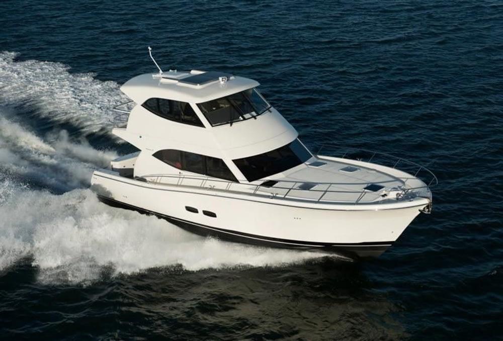 Maritimo-M54-Cruising-Motoryacht-007